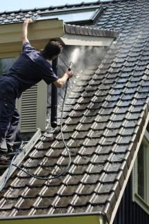 Professioneel dak reiniging door Ploeg Reinigingsdiensten
